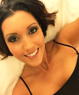 Dylan Ryder gros seins comme grosses queues